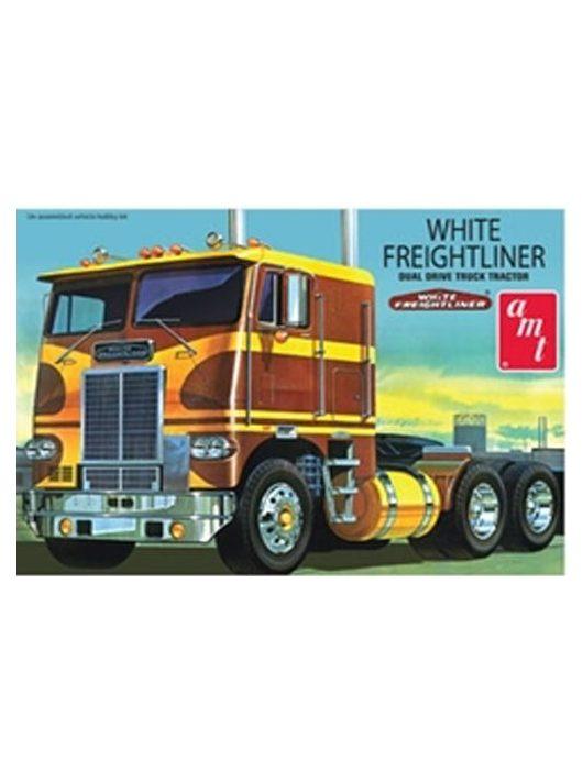 AMT - White Freightliner Duel Dri