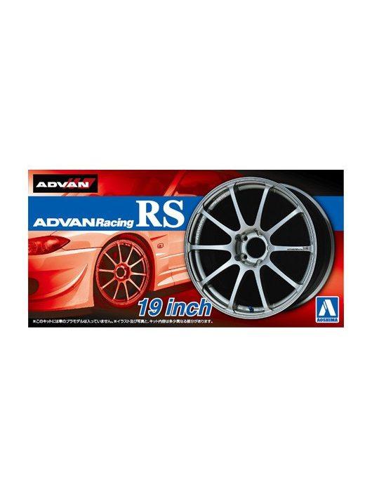 Aoshima - Advan Racing Rs 19Inch
