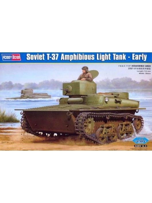 Hobbyboss - Soviet T-37 Amphibious Light Tank-Early