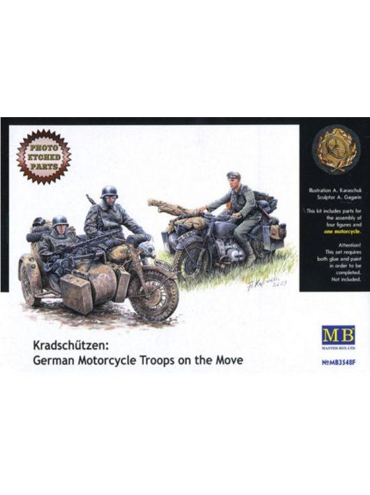 Master Box - Kradschutzen: German Motorcycle Troop on the Move