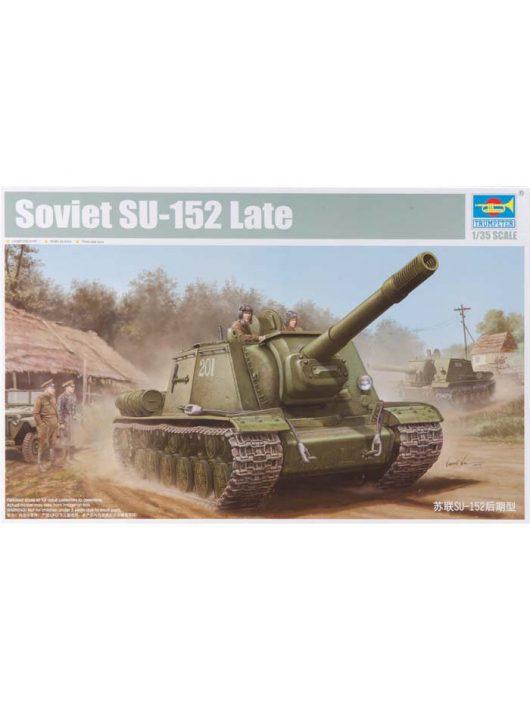Trumpeter - Soviet Su-152 Tank - Late