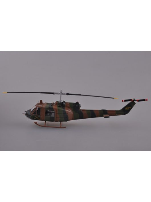 Trumpeter Easy Model - U.S.Army UH-1B.of the Utility Tactical Transport Helicopt