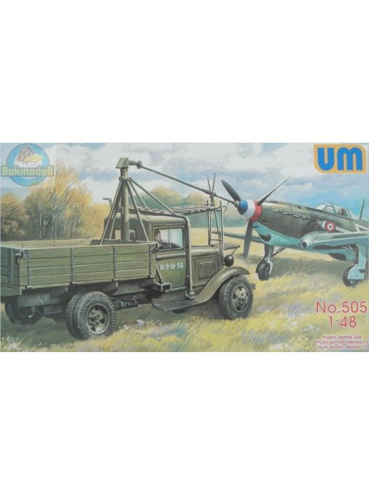 Unimodels - Airfield starter AS-1with Soviet fighter