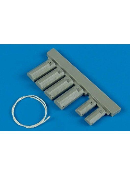 Wheelliant - U.S.A.F. wheel chock with nylon thread